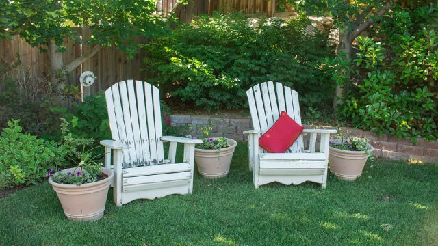 Take good care of the patio furniture in fall