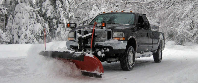 SNOW CLEARING & SALTING SERVICES