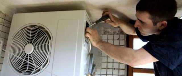 How to decide if it's time to repair or replace your AC?